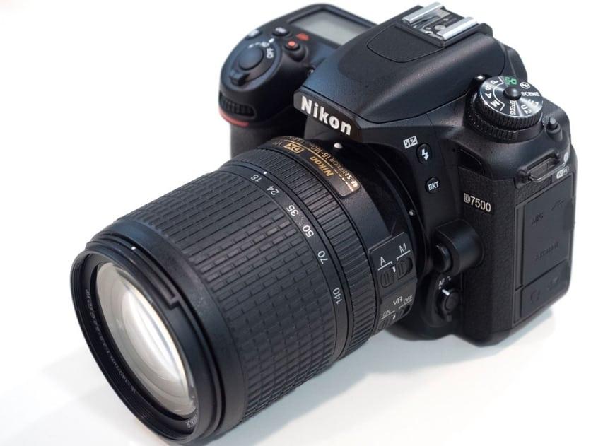 7 cosas que necesitas saber de la nueva cámara Nikon D7500