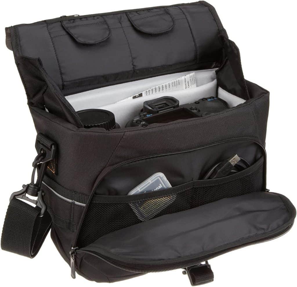 Amazon Basics - Bolsa para cámaras DSLR y accesorios (tamaño mediano, interior de color gris)